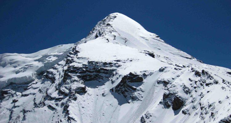 Pisang-Peak-Climbing-2