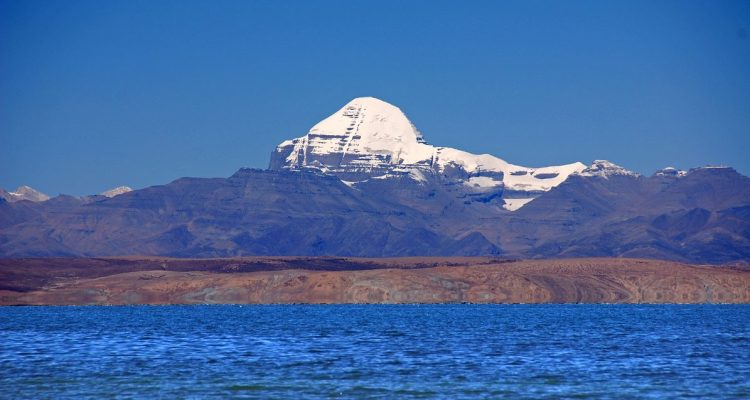 lake-manasarovar-and-mount-kailash