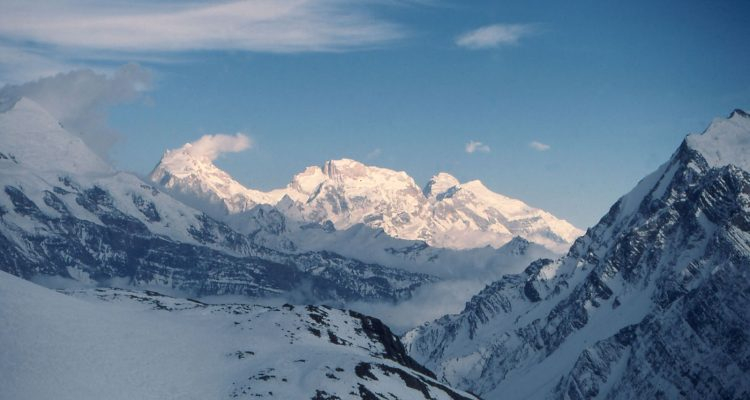 Chulu-East-Peak-6419m