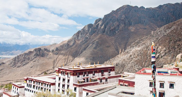 monastic-lhasa-city-tour