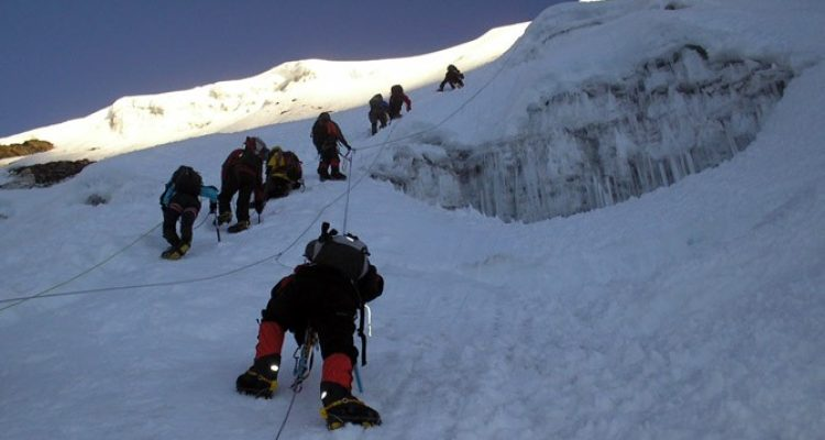 ama-dablam-expedition-with-island-peak11